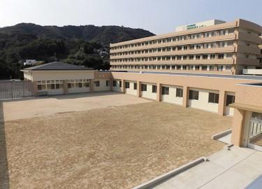 別府医療センター_中庭